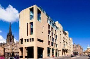 The Royal Mile, Edinburgh hotel g&v